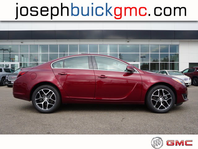 new 2017 buick regal sport touring sport touring 4dr sedan in cincinnati b7144 joseph buick gmc. Black Bedroom Furniture Sets. Home Design Ideas